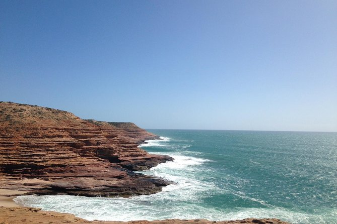 Kalbarri, Pink Lake and Abrolhos Islands Air and Land Tour from Geraldton Logo and Images