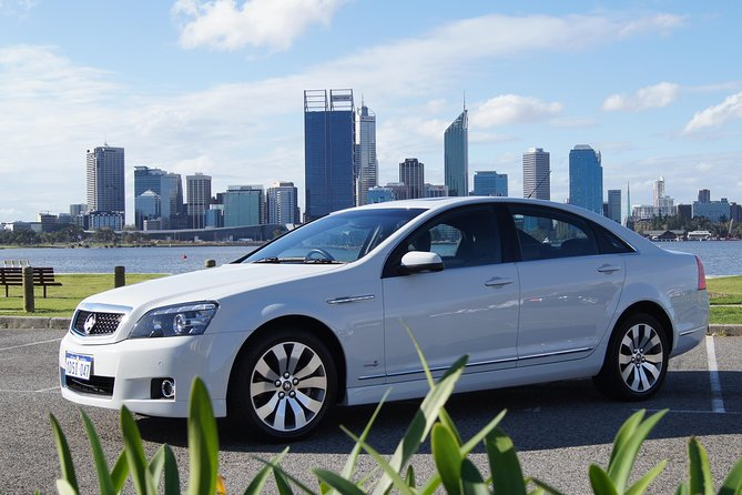 Perth Departure Transfer by Private Chauffeur: Perth City Center to Airport Logo and Images