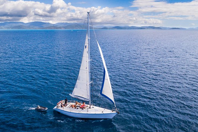 2-Night Small-Group Whitsundays Sailing Adventure Aboard 'Mandrake' Logo and Images