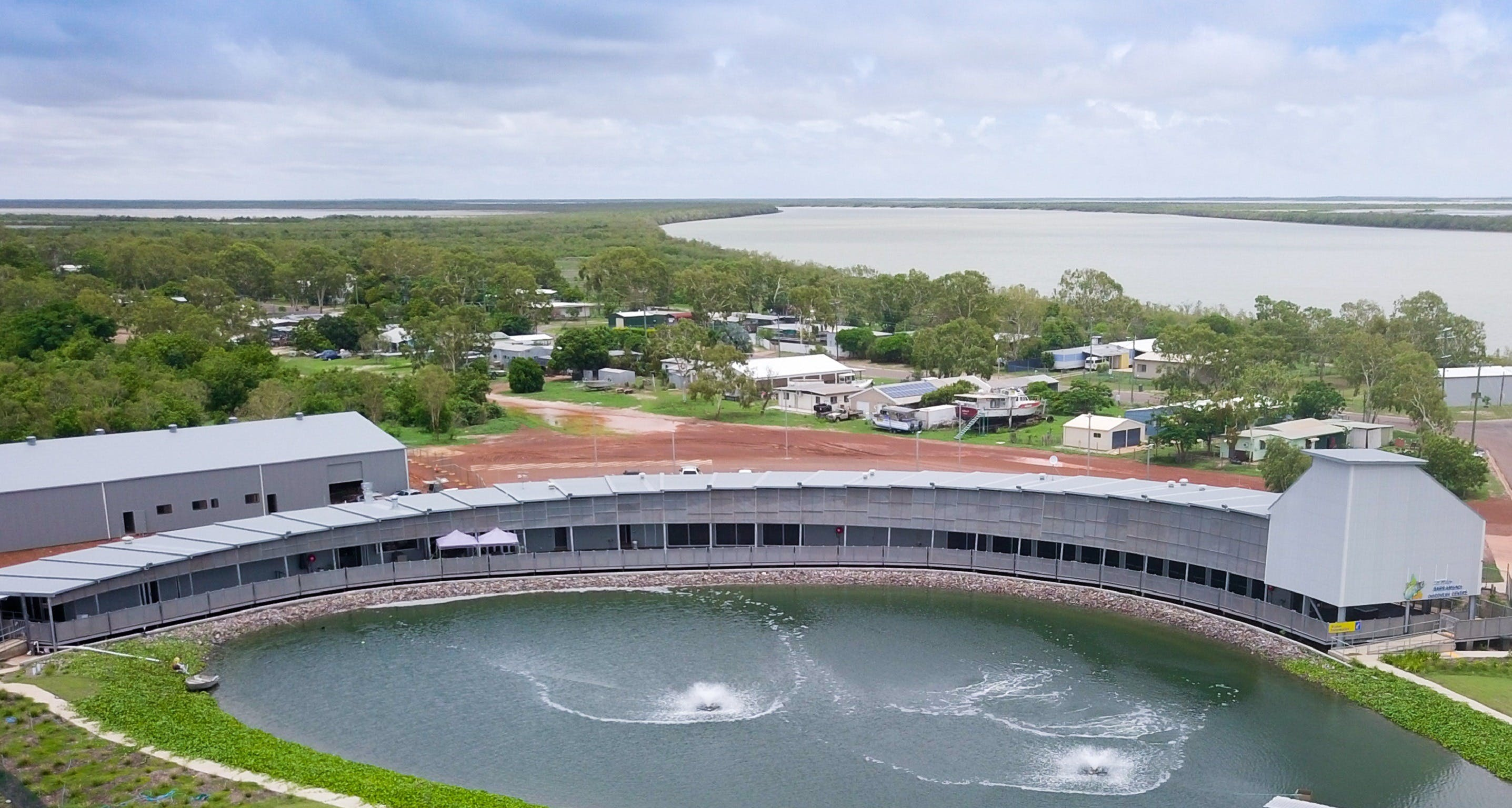 Les Wilson Barramundi Discovery Centre Logo and Images