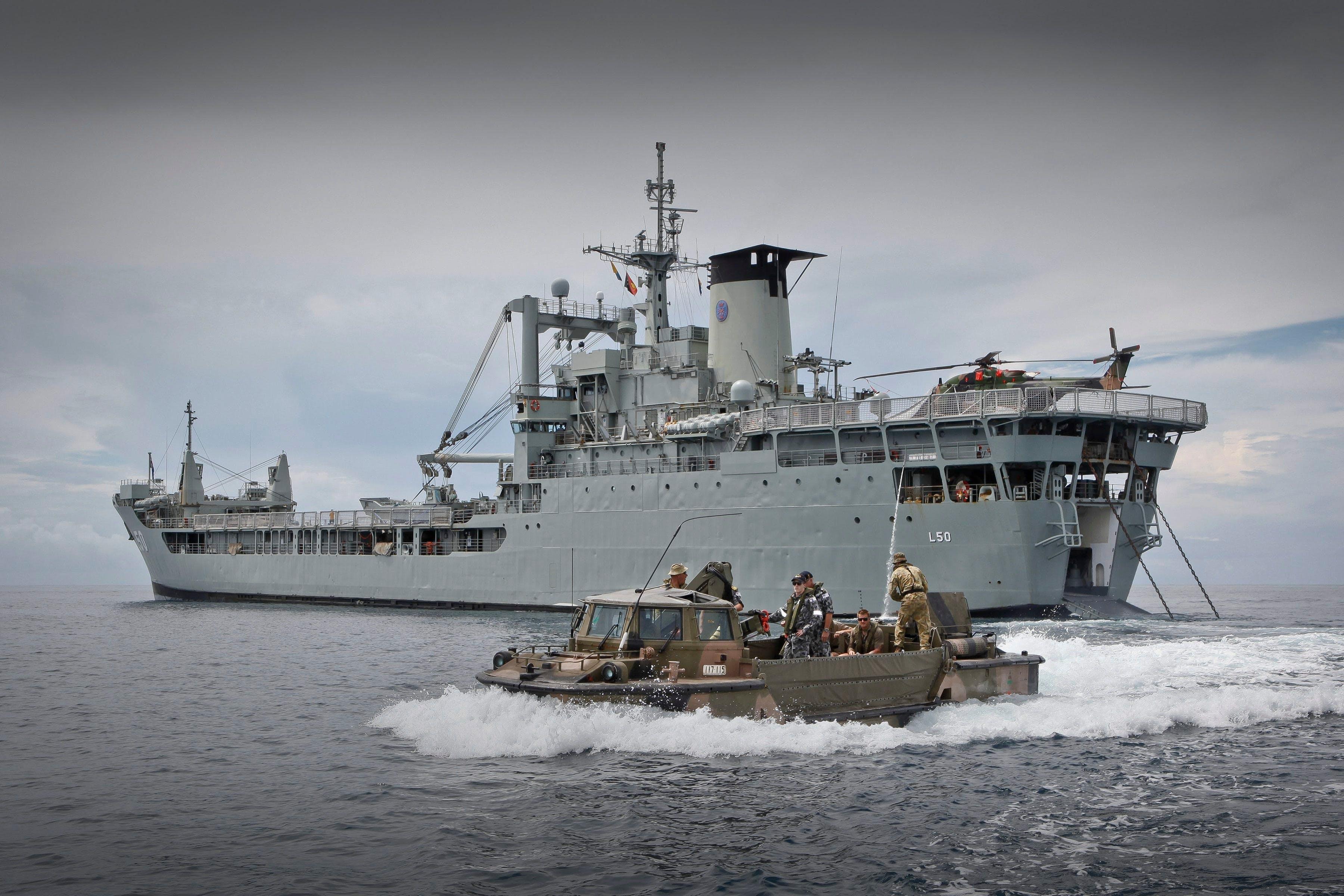 HMAS Tobruk Dive Logo and Images