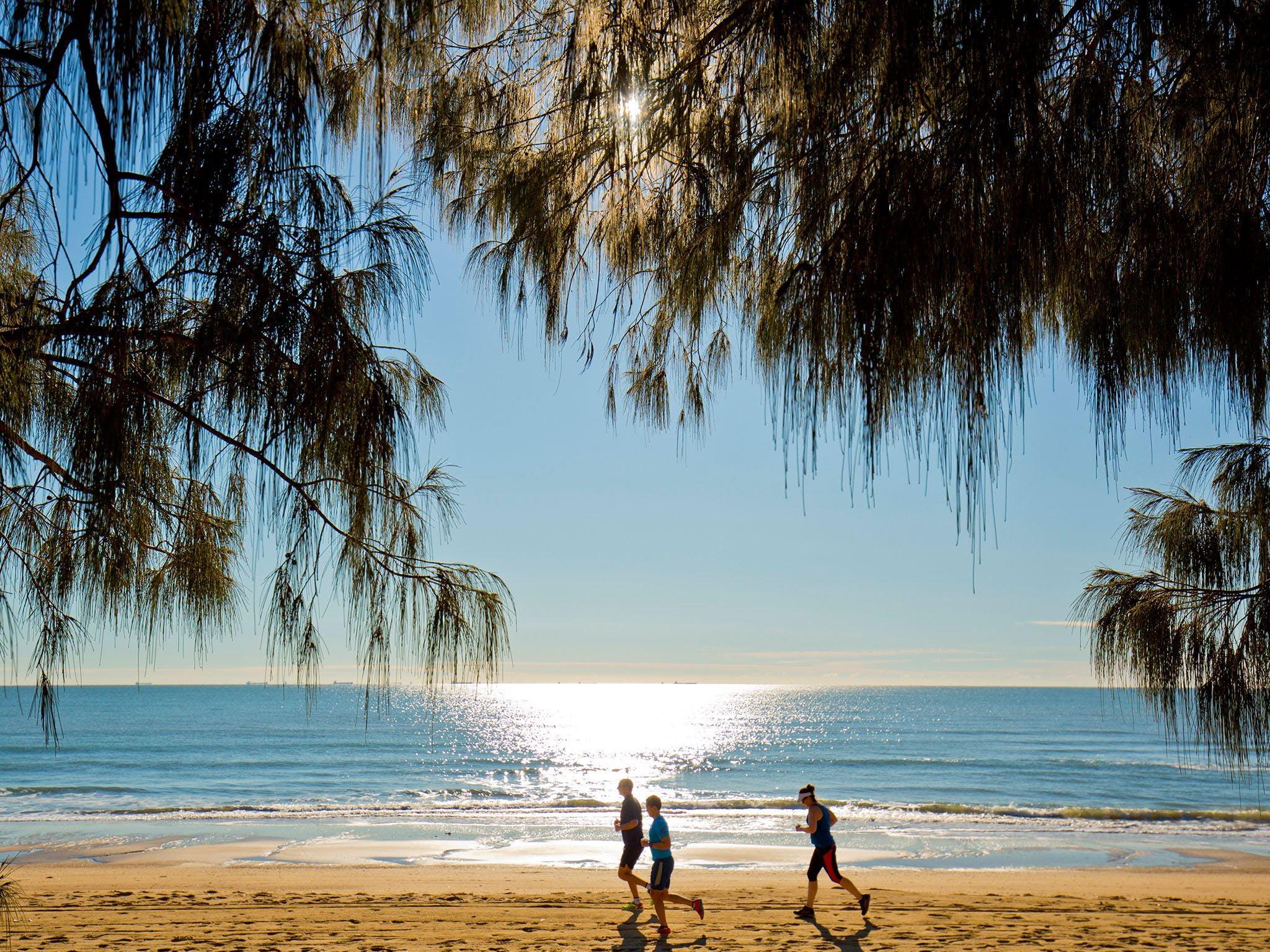 Millennium Esplanade and Tannum Sands Beach Logo and Images