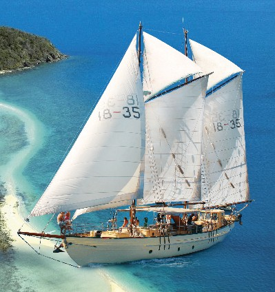 Whitsundays Sailing Adventures Logo and Images