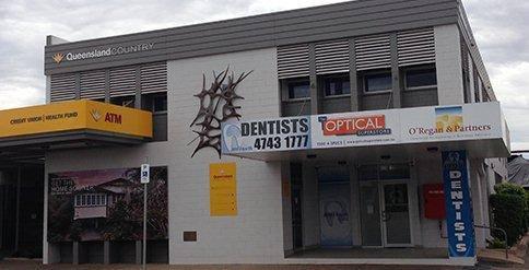 18004Teeth Dentists