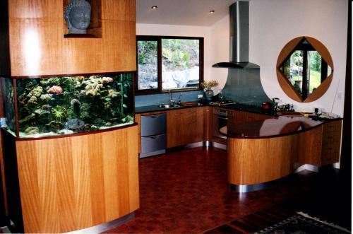 Tony Cameron Furniture Maker