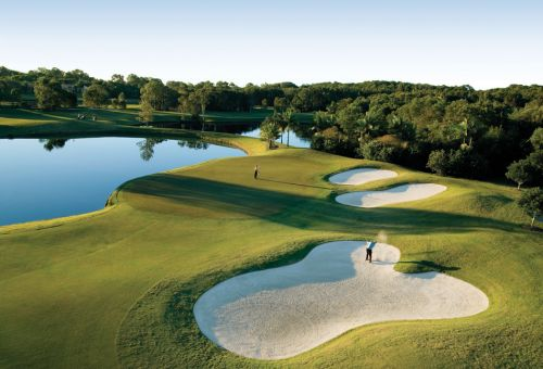 Noosa Springs–Golf & Spa Resort