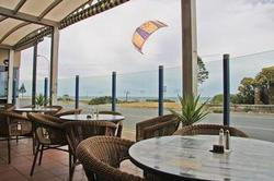 Henley Beach Hotel Logo and Images
