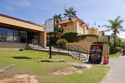 Harbord Beach Hotel Logo and Images