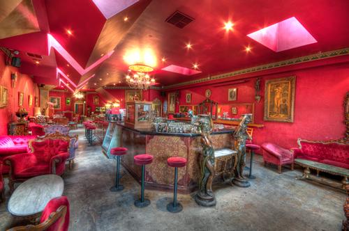 Polly Bar