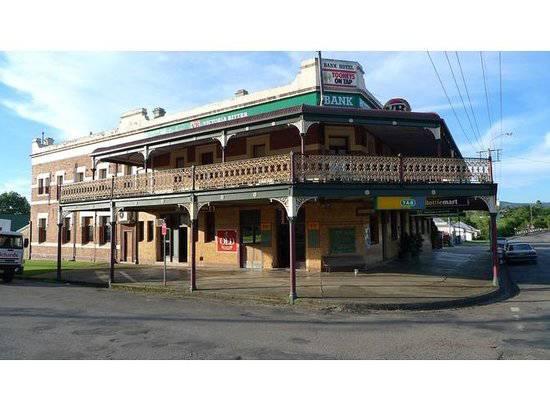 Nag's Head Hotel