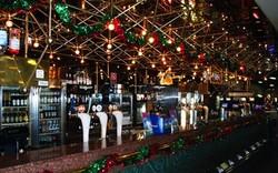The Juniors - Starlight Bar
