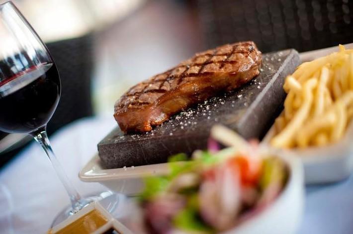 Black Angus Bar & Grill Restaurant