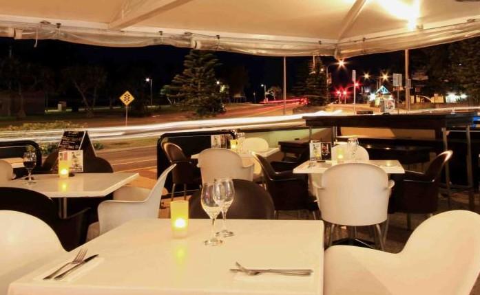 Cafe Fresh Lounge Bar & Shinsen Restaurant