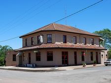 Heddon Greta Hotel