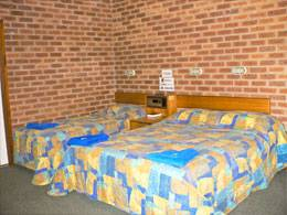 Bohle Barn Hotel Motel