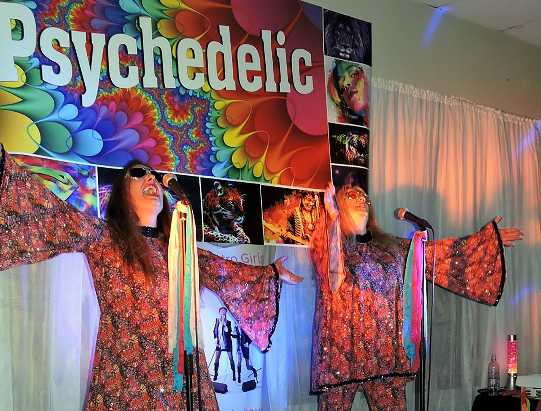 Psychedelic 70s Show The Retro Girls Logo and Images