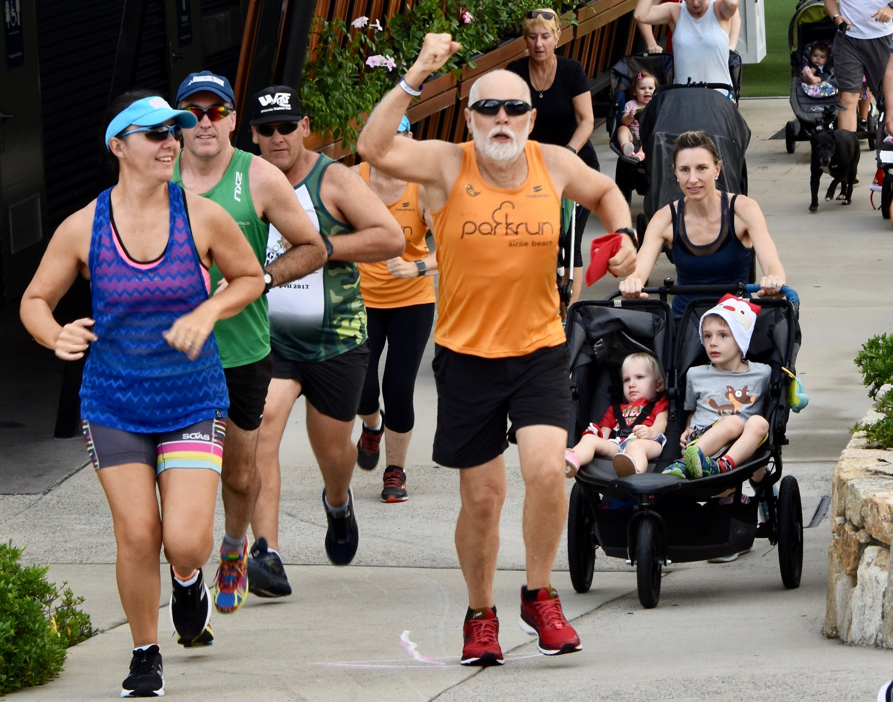 Airlie Beach parkrun Logo and Images