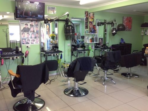 Jenny's Hair & Beauty Salon