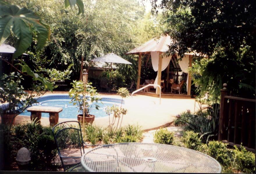 Point Coupee Bed & Breakfast