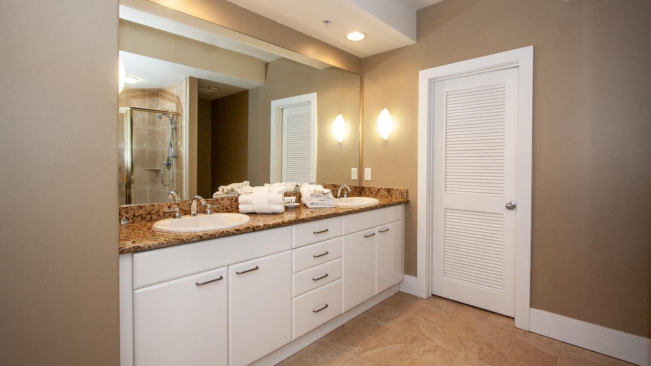 CRC0213 - Cozy Three-bedroom Apartment