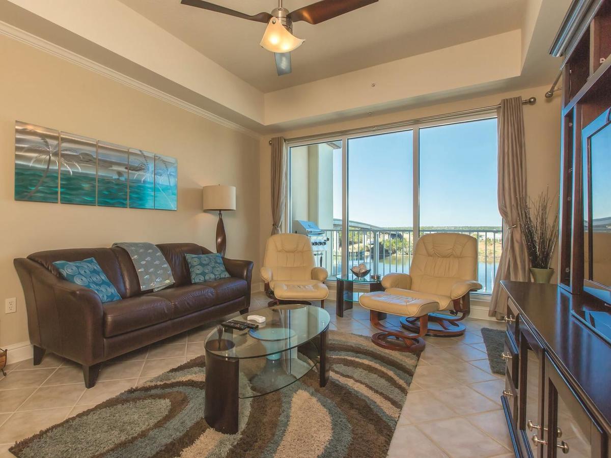 Wharf 521 Apartment