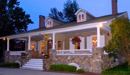 1837 Cobblestone Cottage Bed and Breakfast