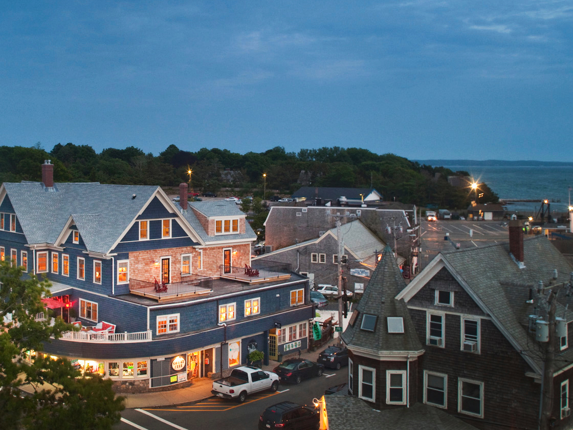 Woods Hole Inn Cape Cod Bed and Breakfast
