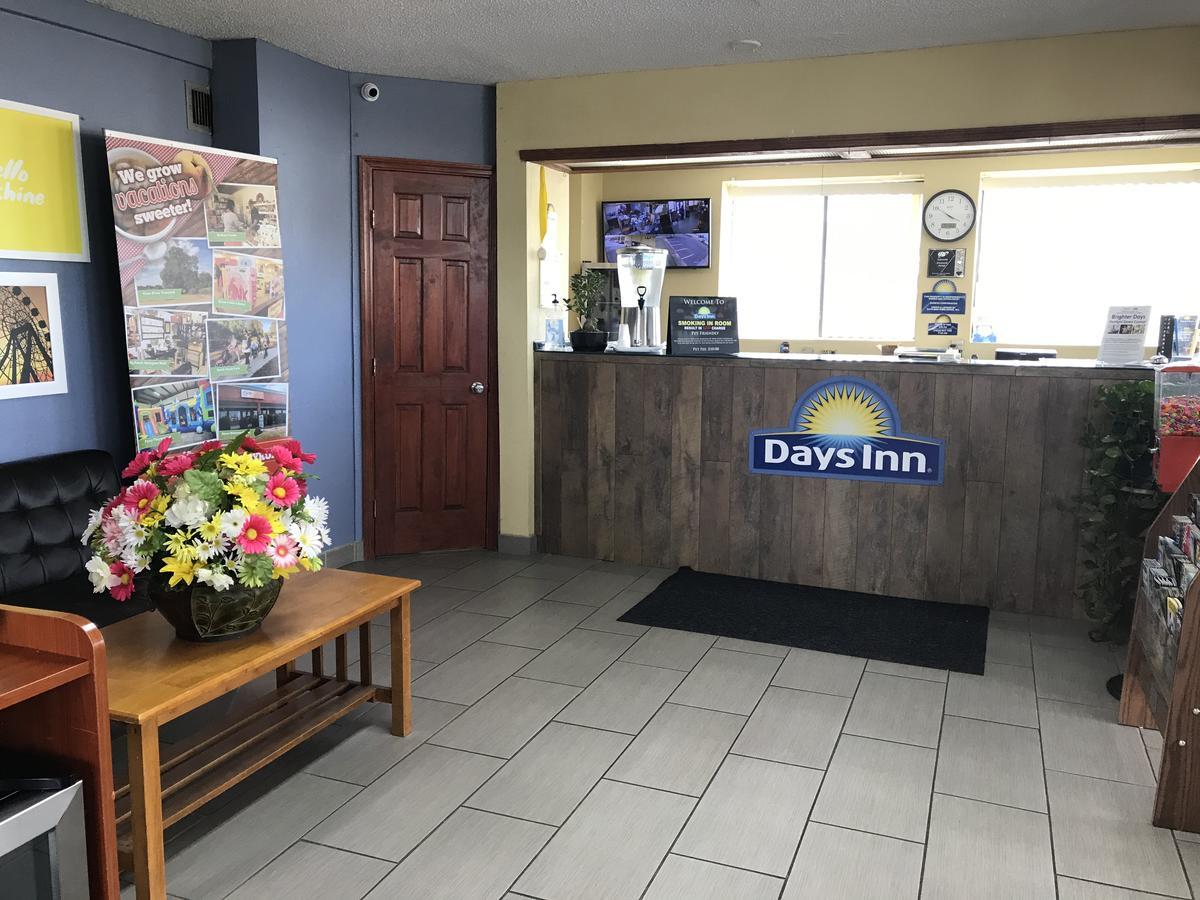 Days Inn by Wyndham Byron