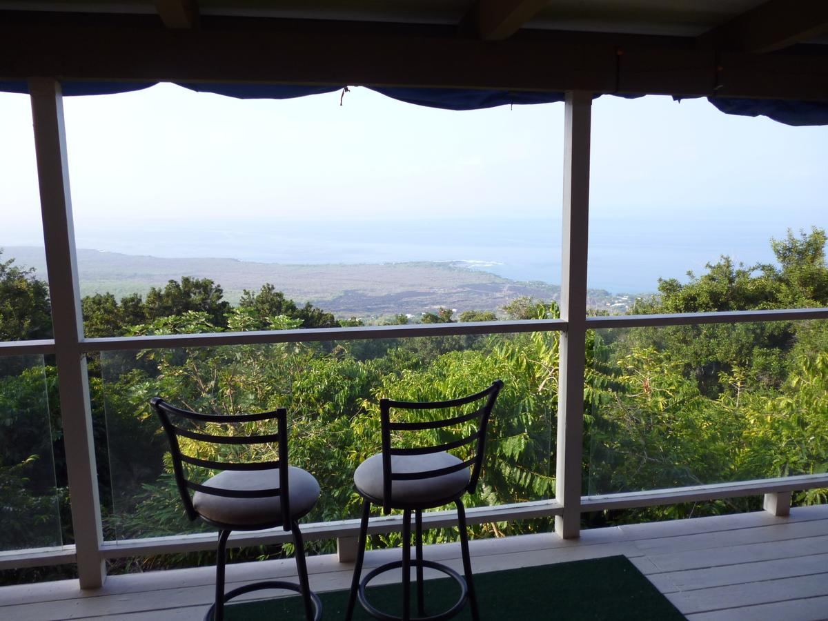 A Beautiful Edge of the World Bed  Breakfast