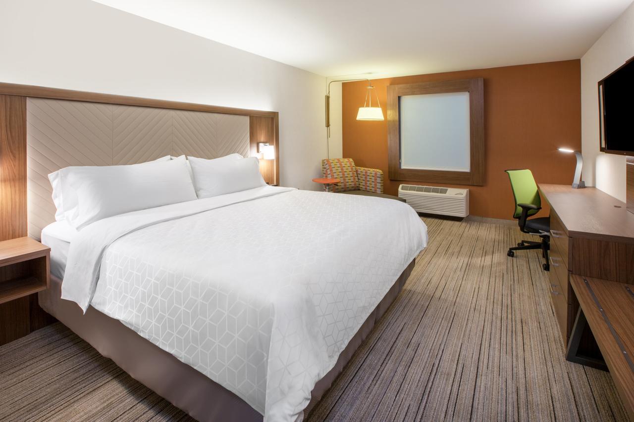 Holiday Inn Express & Suites - Ottawa