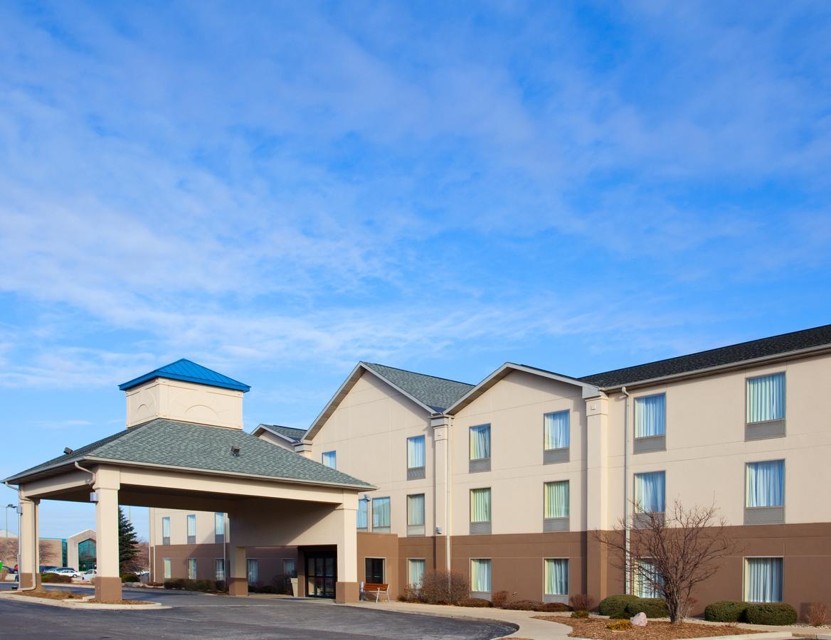 Holiday Inn Express Hotel  Suites Bourbonnais-Kankakee/Bradley
