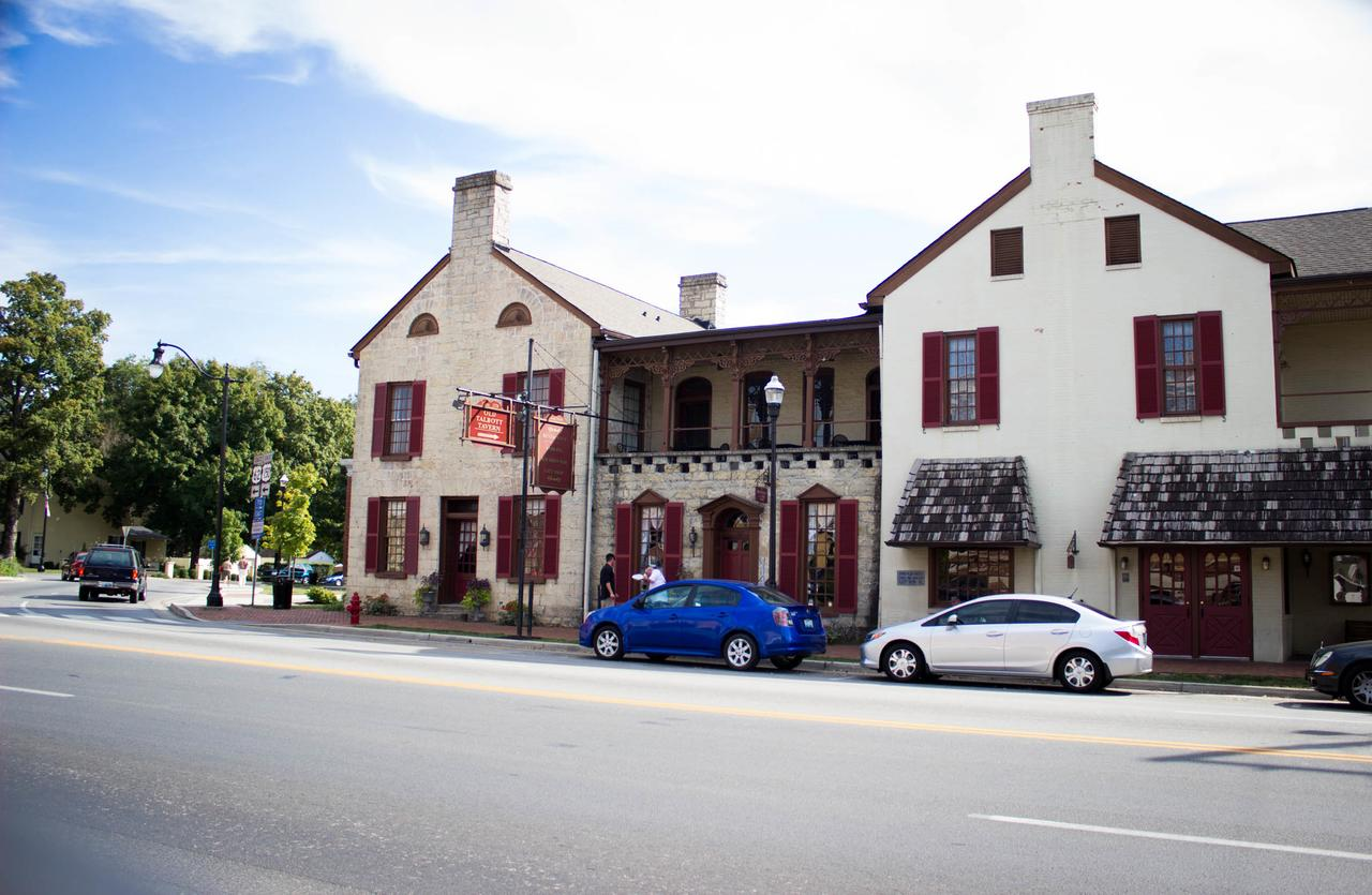 Talbott Tavern and Inn