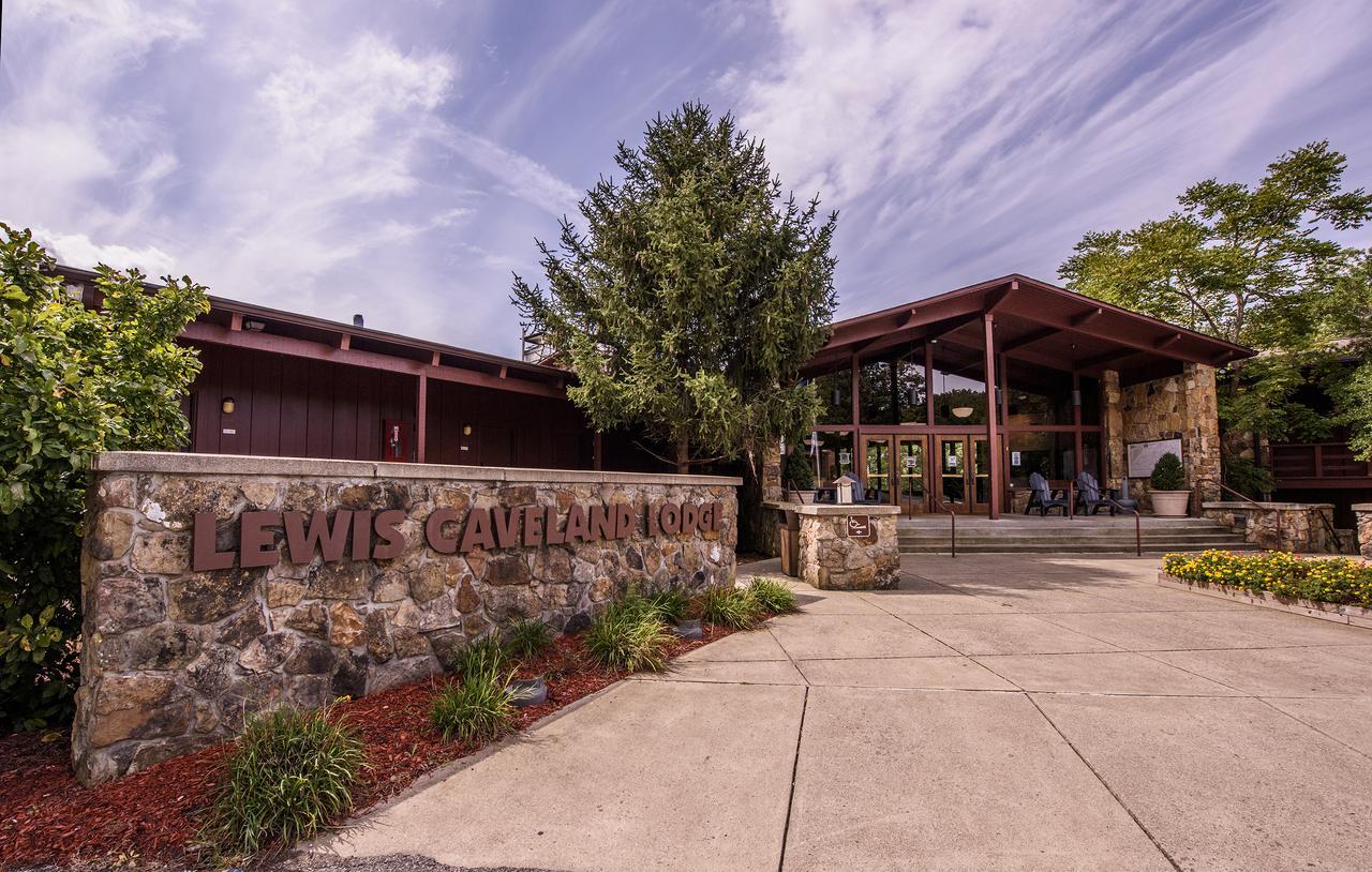 Carter Caves State Resort Park