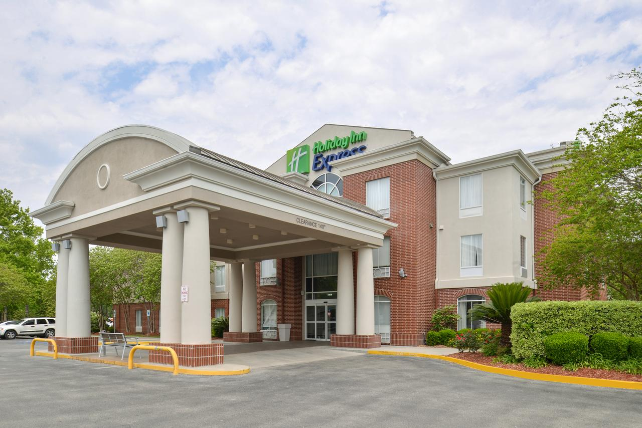 Holiday Inn Express Hotel  Suites Lafayette