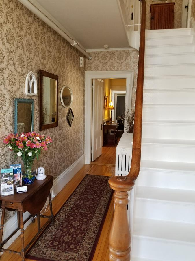 Benjamin F. Packard House Bed and Breakfast
