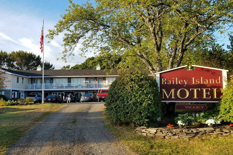 Bailey Island Motel