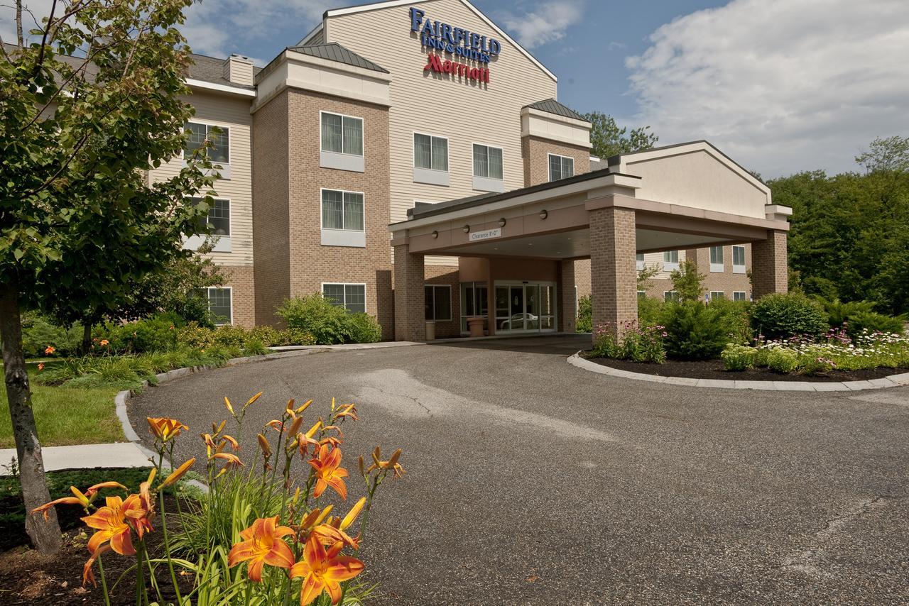 Fairfield Inn  Suites by Marriott Brunswick Freeport