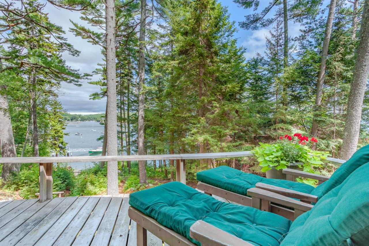 Chic Boothbay Harbor Studio Cabin