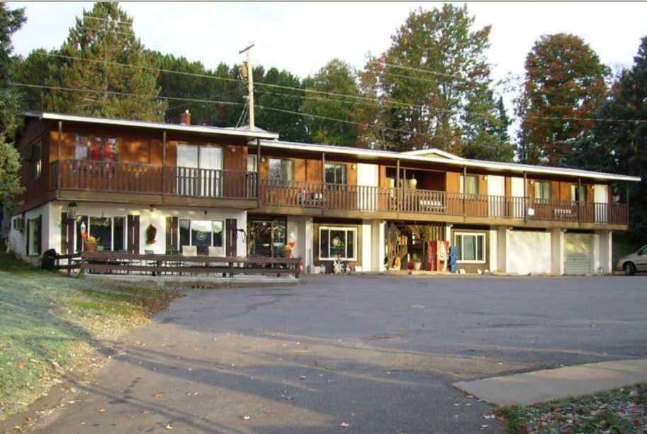 Lakeshore Motel