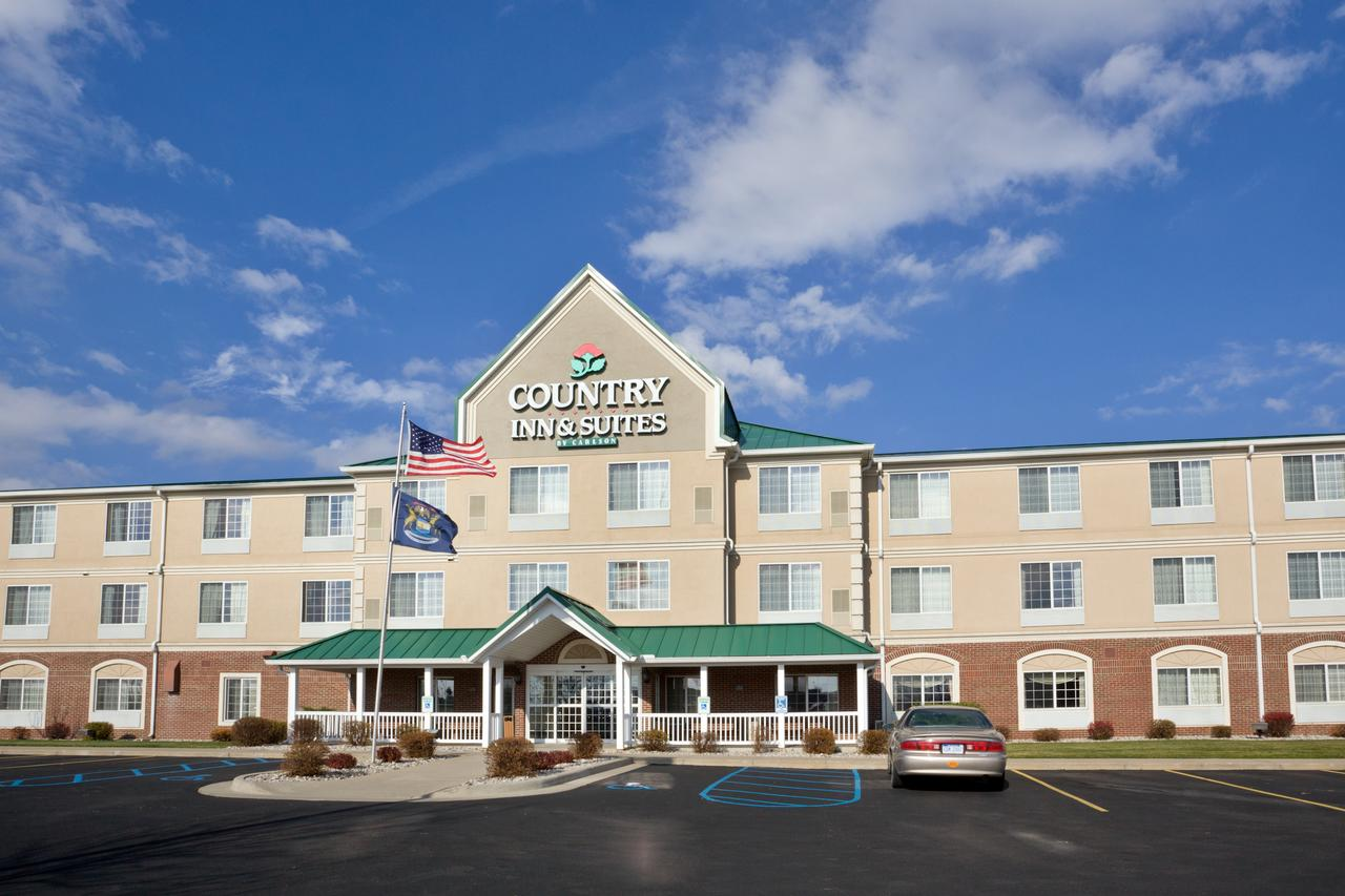 Country Inn  Suites by Radisson Big Rapids MI