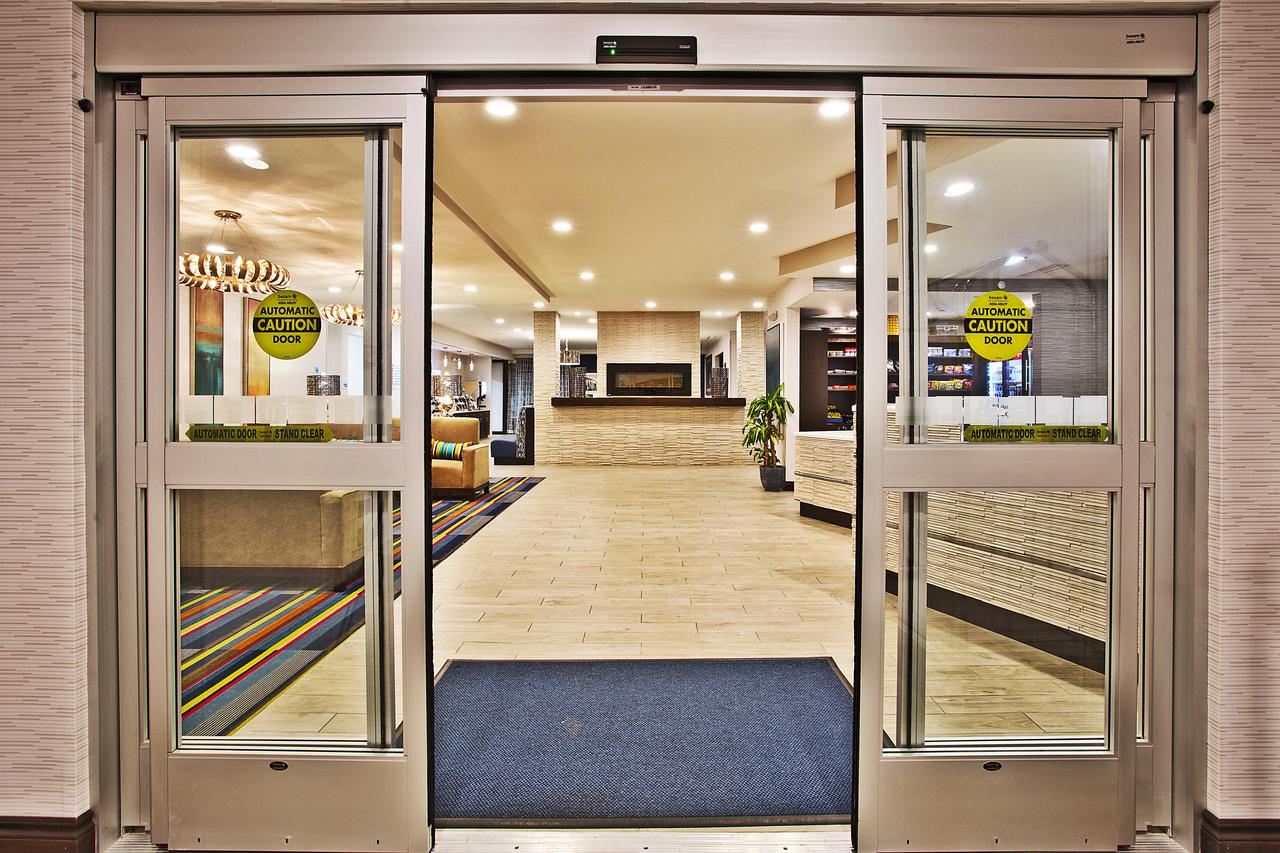 Holiday Inn Express Hotel  Suites Ann Arbor West