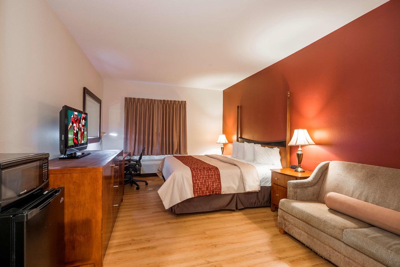 Red Roof Inn  Suites Biloxi