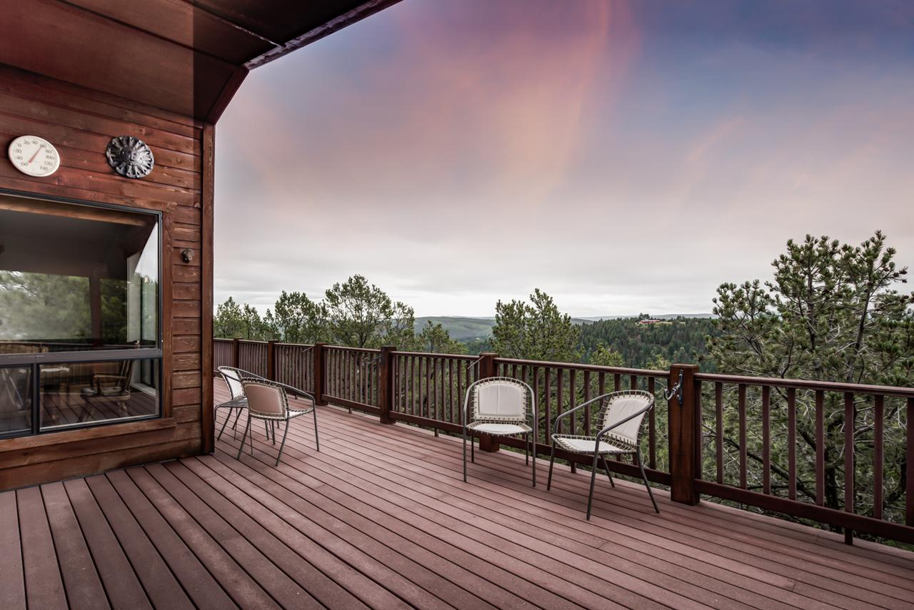 Awesome Views 5 Bedrooms Sleeps 10 Wet Bar Views Gas Fireplace