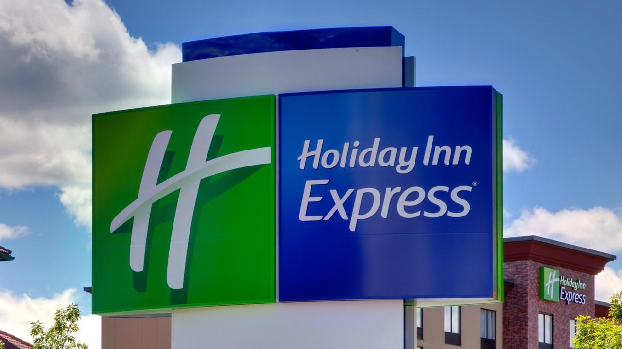 Holiday Inn Express - Bronx NYC - Yankee Stadium