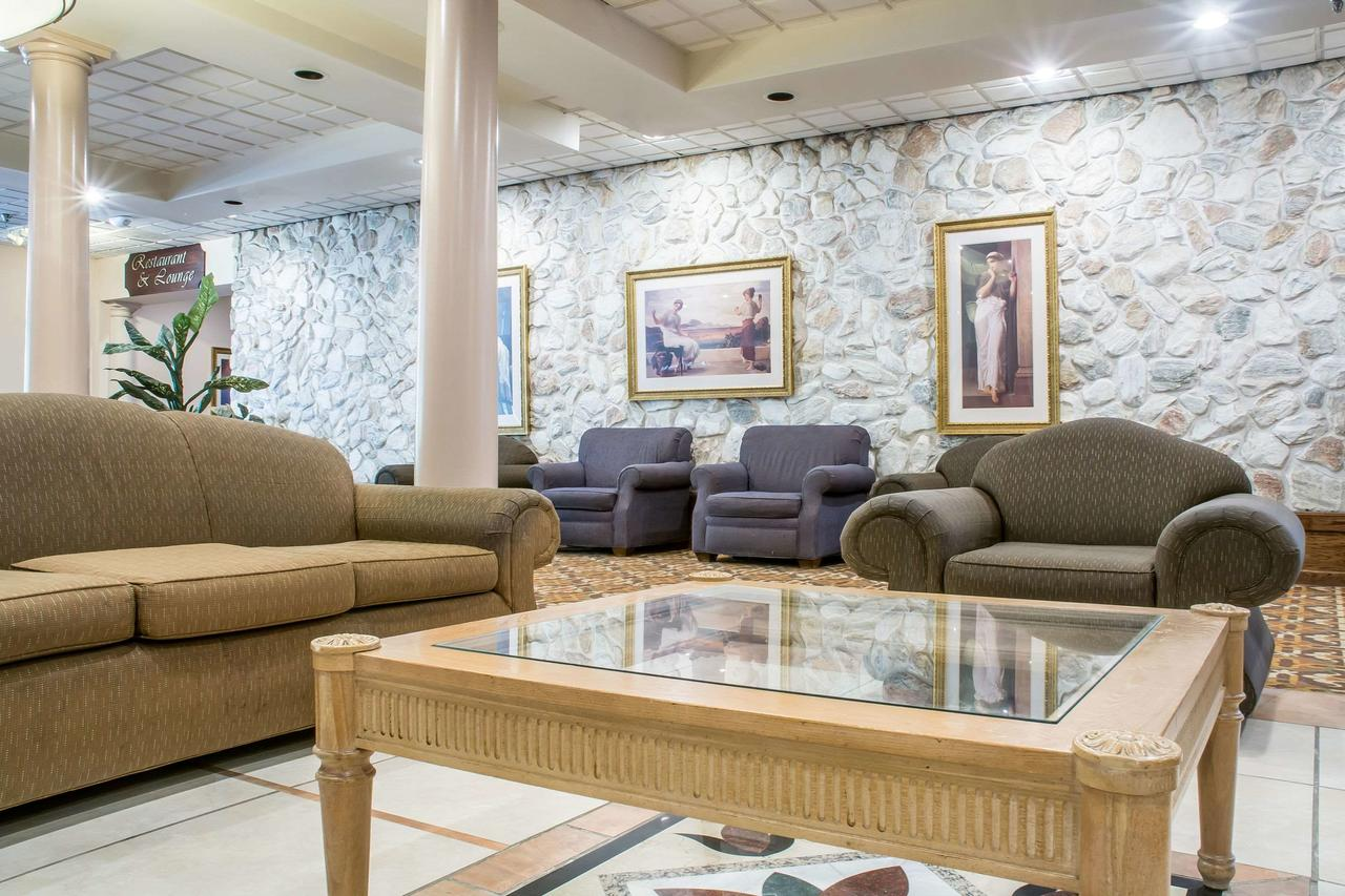 Quality Inn  Suites Palm Island Indoor Waterpark