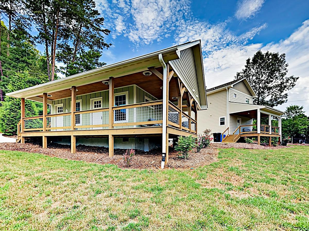 New Listing 2-Home Mountain Retreat Near Town Cabin