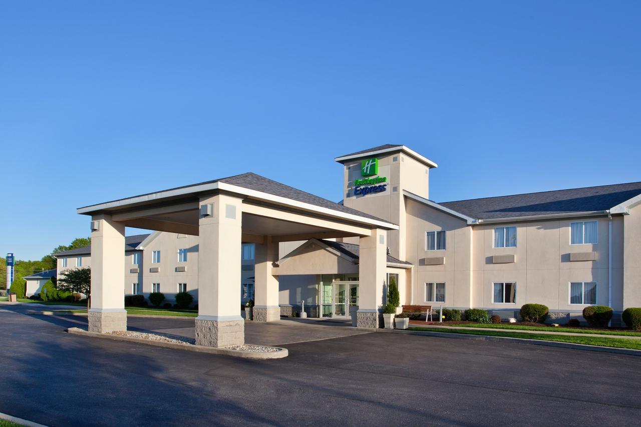 Holiday Inn Express Cleveland - Vermilion
