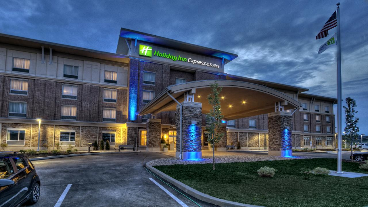 Holiday Inn Express  Suites Pittsburgh SW/Southpointe