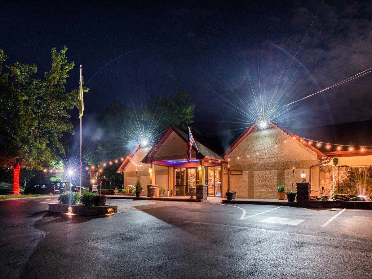 Inn of The Dove Romantic Luxury  Business Suites