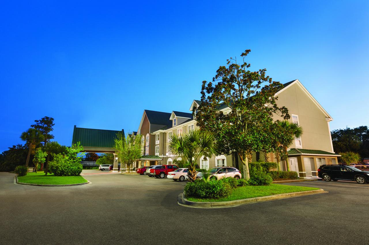 Country Inn  Suites by Radisson Beaufort West SC